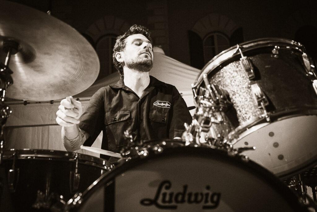 Pieter Dedoncker playing drums